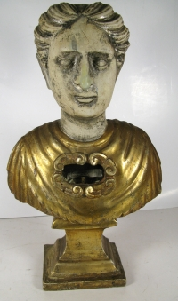Bust reliquary with large relic of St. Juliana of Nicomedia, Virgin & Martyr, Patron Saint of Sickness