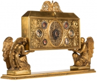 Reliquary cabinet with relics of the True Cross, the Virgin Mary, St. Joseph, St. Therese of the Child Jesus, St. John of the Cross, St. Teresa of Avila, St. Maria Goretti, St. Louis-Marie Grignion de Montfort & St. Catherine Labouré