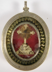 Theca with relics from the Wood of the True Cross of Jesus Christ