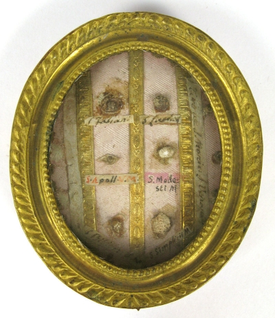 Reliquary theca with relics of 9 Saints: St. Fabian; St. Lucia; St. Appolonia; St. Modestus St. Bibiana; St. Simplicius, Pope; St. Theresa, St. Monica; & St. Venantius