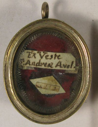 Theca with a second class ex veste relic of Saint Andrew Avellino