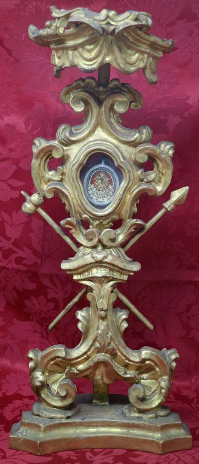 Monstrance reliquary with relic of the True Cross of Jesus Christ